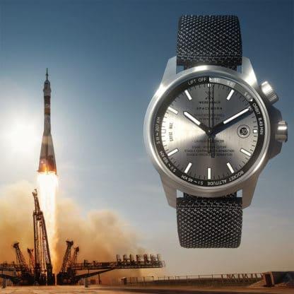 Werenbach Earth Collection: Echte Raketen-Uhren heben jetzt auf Kickstarter ab!