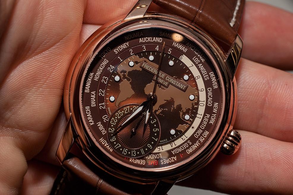 frederique-constant-classic-worldtimer-manufacture-fc-718-hands-on-einstieg-02