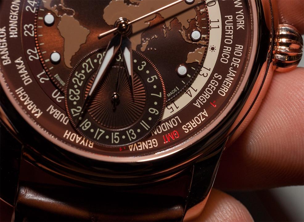 frederique-constant-classic-worldtimer-manufacture-fc-718-hands-on-einstieg-03