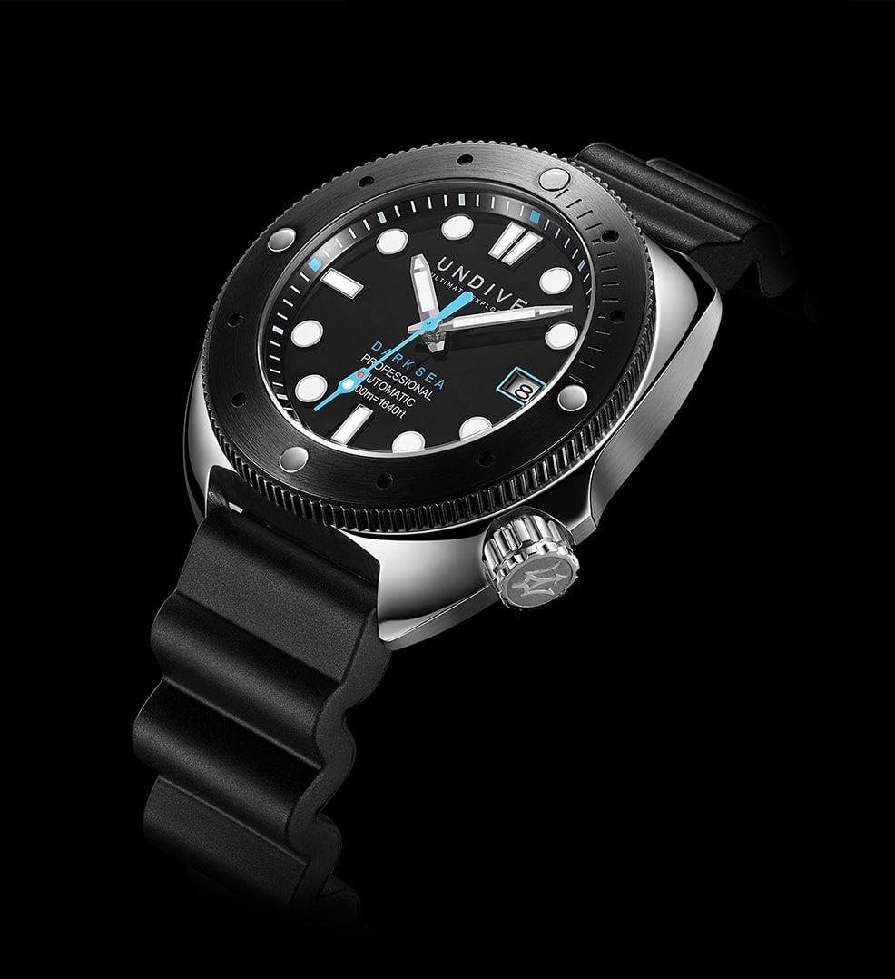 vorstellung-der-undive-watches-dark-sea-500m-einstieg-05