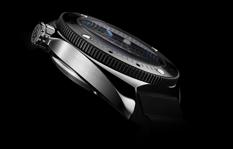 vorstellung-der-undive-watches-dark-sea-500m-einstieg-08